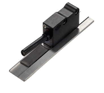 Magnetic system for linear measuring